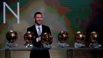 Lionel Messi med sina Ballon D´or